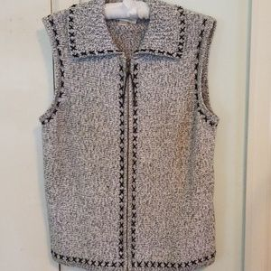 Christoper & Banks Zip-up Sweater Vest Large